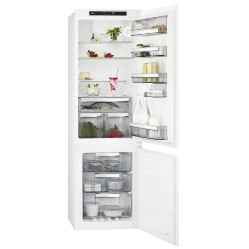 AEG SCS8181ETS Integrated Fridge Freezer